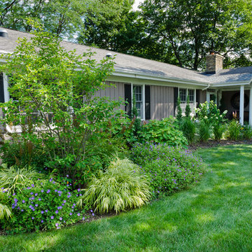 Transitional Front Yard - Mequon