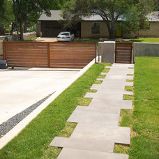 Midcentury Landscape by DRM Design Group Landscape Architecture & Planning