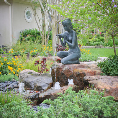 This is an example of a traditional water fountain landscape in Houston.