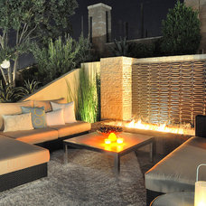 Modern Landscape by Mod Surrounds