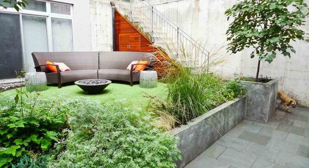 contemporain jardin by outside space nyc landscape design - Cour En Beton Color