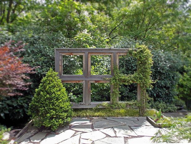 Farmhouse Garden by Goessling Design