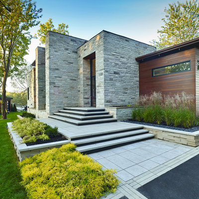 Design ideas for a mid-sized modern front yard landscaping in Other.