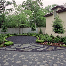 Traditional Landscape by Exterior Worlds Landscaping & Design