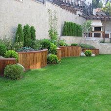 Contemporary Landscape by Home Garden VT Ltd