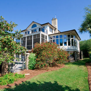 This is an example of a tropical landscaping in Charleston.