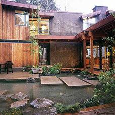 Modern Landscape by David Hertz & Studio of Environmental Architecture