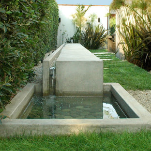 Photo of a modern water fountain landscape in Los Angeles.