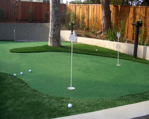 Small Putting Green Home Design Ideas, Pictures, Remodel ... on Putting Green Ideas For Backyard id=93781