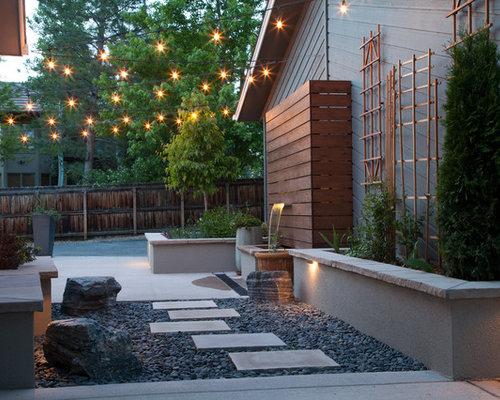 Design Ideas For A Small Modern Backyard Partial Sun Garden In Denver With Natural Stone Pavers