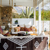 Houzz Tour: Desert Modern Indoor-Outdoor Living With a Twist