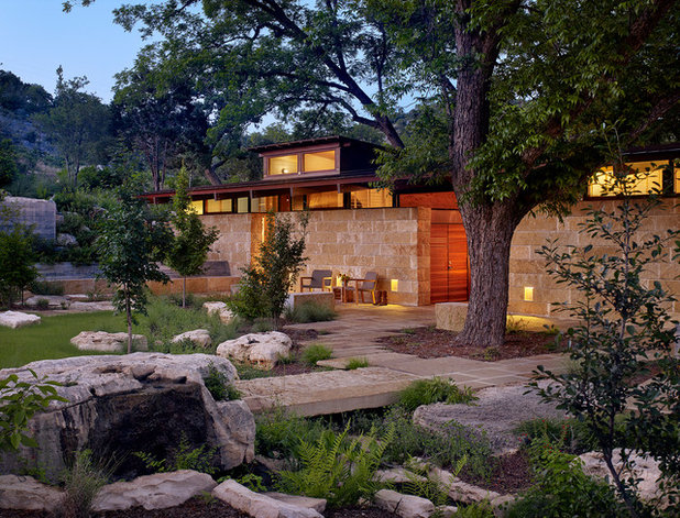 Contemporary Landscape by Poet Interiors