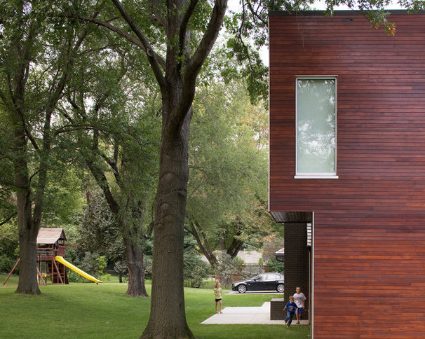 Modern Landscape by Hufft Projects