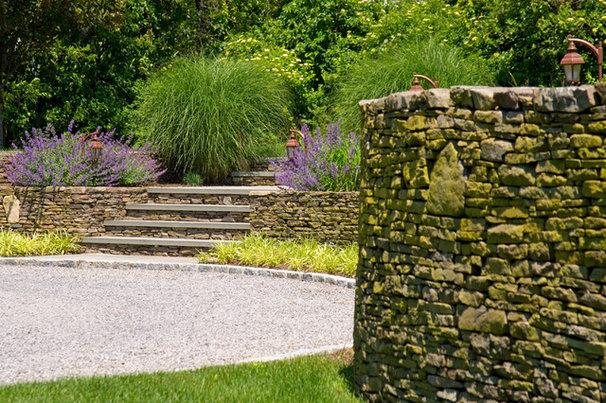 Eclectic Landscape by John Cowen Landscape Associates Ltd.