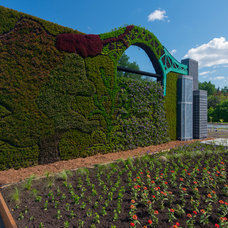 Contemporary Landscape by Mosaïcultures Internationales