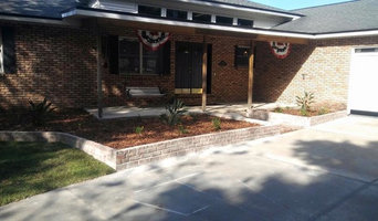 Mount Dora Red Brick Planters and Landscape Project