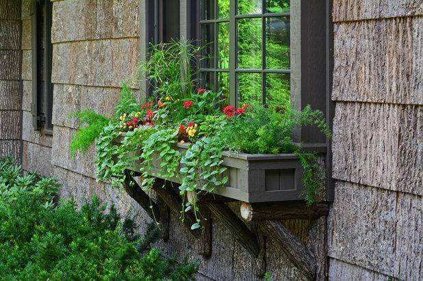 Классический Сад by Greenleaf Services, Inc.
