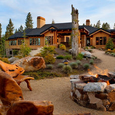 Contemporary Landscape by Eagle Mountain Homes