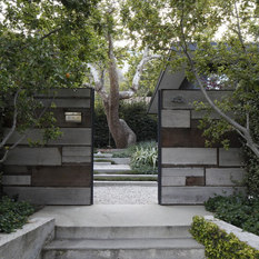 Mark Tessier Landscape Architecture Designed This Textural, Drought  Tolerant, Warm Modern Garden To Complement The Mid Century Design Of The  Home.
