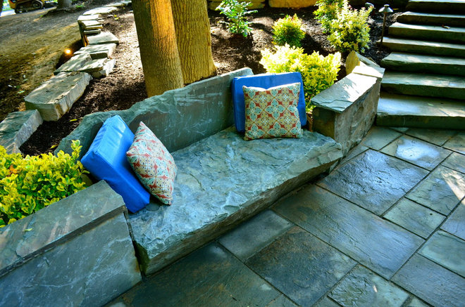 Traditional Landscape by Finnerty, LLC