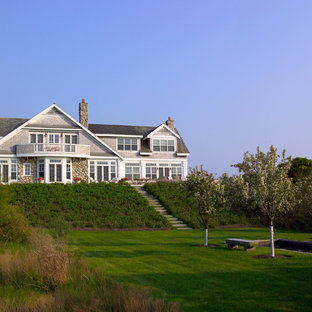 Nantucket Residence Exterior with deck