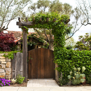 Napa Valley Gate with Trellis