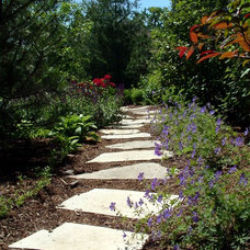 Traditional Landscape by CB Conlin Landscapes