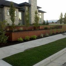 Modern Landscape by Outdoor Elements