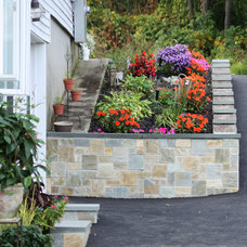 Traditional Landscape by Realstone Systems