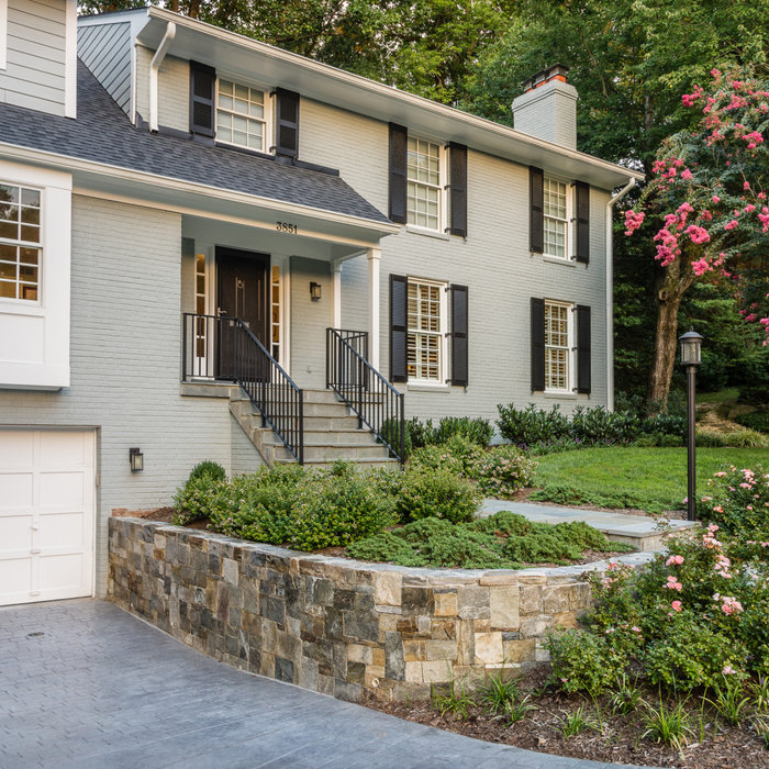 Simple and Elegant Curb Appeal