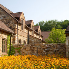 Traditional Landscape by John Milner Architects, Inc.