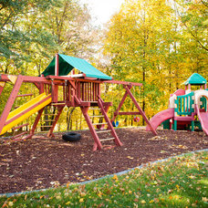 Traditional Kids by DEICHMAN CONSTRUCTION