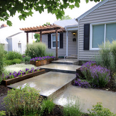 modern landscape by Kingbird Design LLC