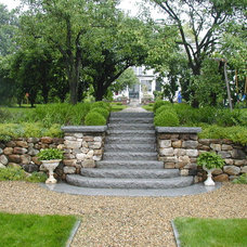 Traditional Landscape by Leonard Design Associates