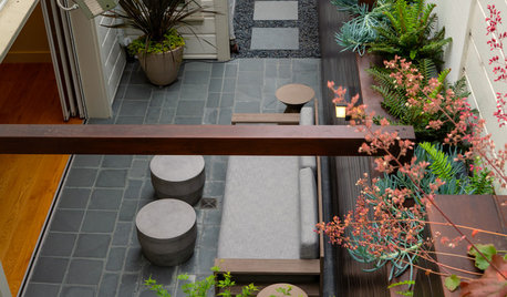 3 Enticing Side Yards That Encourage Outdoor Lingering