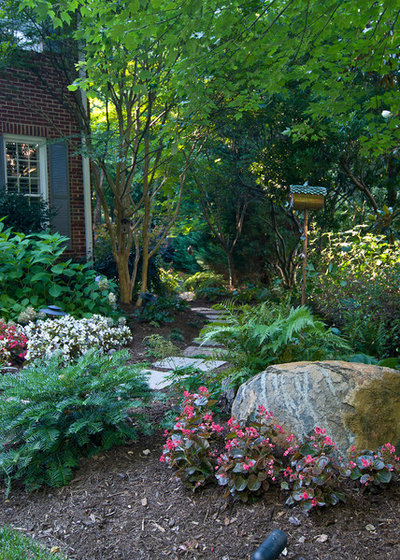 American Traditional Garden by Jan Enright Creations