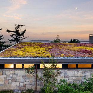 Idées déco pour un jardin sur toit bord de mer de taille moyenne avec une exposition ensoleillée et du gravier.