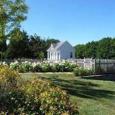 Traditional Landscape by Christensen Landscape Services