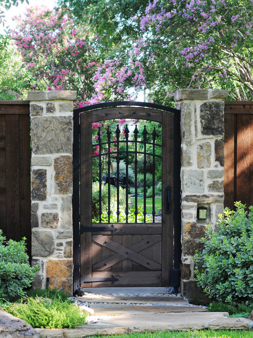 Building wood fence gate houzz for Outdoor garden doors