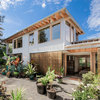 Houzz Tour: A House Built to Capture the Moving Sun