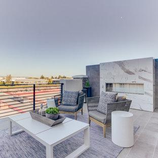 Dachgarten mit Kamin und Betonplatten in San Francisco