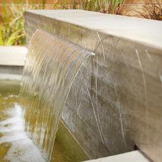 Contemporary Landscape by Margie Grace - Grace Design Associates