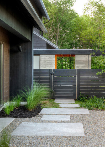 Contemporary Landscape by Tyler Speirs Design