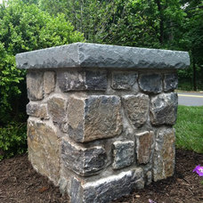 Traditional Landscape by Cross River Design, Inc.