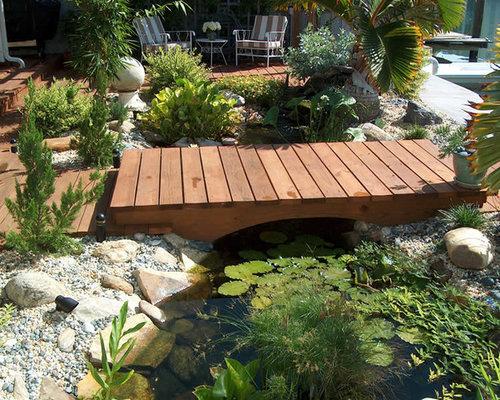 Jardin avec une terrasse en bois ou composite contemporain avec un bassin photos et id es d co - Jardin avec terrasse et bassin aulnay sous bois ...