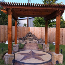 Traditional Landscape by Artistic Stoneworks