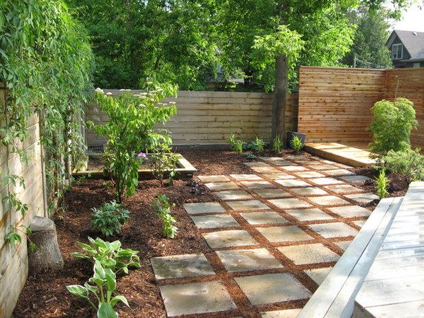Modern Garden by Genus Loci Ecological Landscapes Inc.