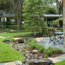 Eclectic Landscape by Schatz Landscape Design