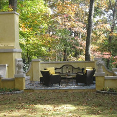 Traditional Landscape by Fieldstone Center, Inc.