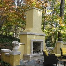 Traditional Landscape by Fieldstone Center, Inc.